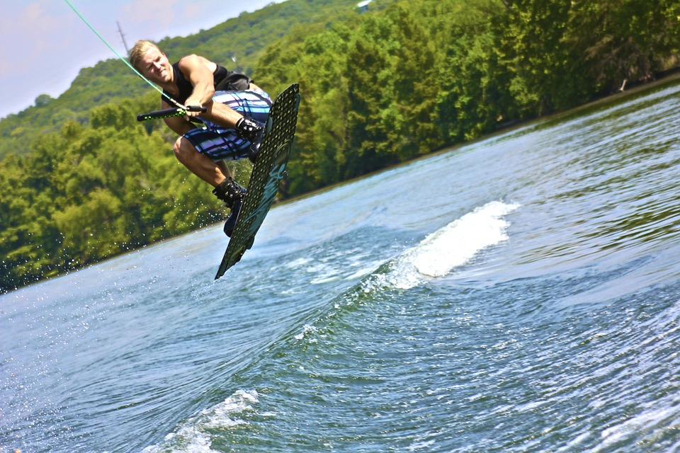 Where to Go Wakeboarding: Best Wakeboarding Lakes & Cable Wakeboarding Locations